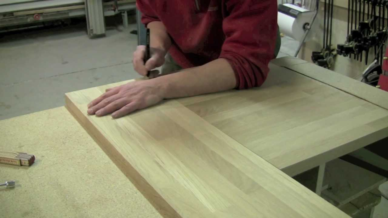 Kök Culimar : Culimar visar hur man arbetar med massiva träbänkskivor