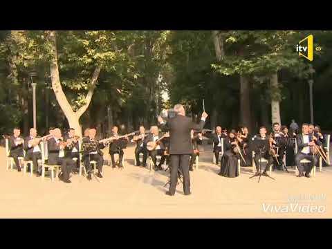 Gəncə Xalq çalqi Orkestri.