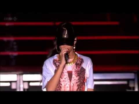 Rihanna Hackney Live (ft. Jay-Z) Run This Town Full HD [1080p]