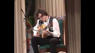 Михаил Спичков играет испанское фламенко на гитаре