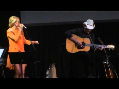 Last Name - Carrie Underwood (All for the Hall NYC)