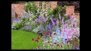 Миксбордер своими руками(Вы уже знаете названия кустарников и многих цветов. Теперь соберите любимые в один цветник и у вас получитс..., 2014-12-03T20:40:36.000Z)