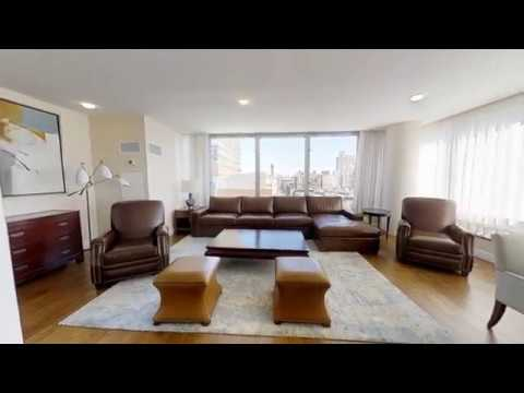 Luxury apartment at Lincoln Center, steps away from Central Park