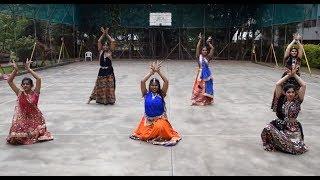 Chogada Tara (Loveyatri) X Kamariya (Mitron) Choreography | Navratri Special Dance | Team Groot