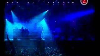 Primal Scream - Pills - Live Hultsfred 2000.flv