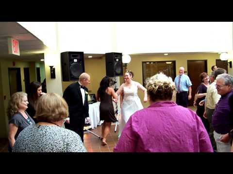 Our Wedding - Everyone doing the chicken dance