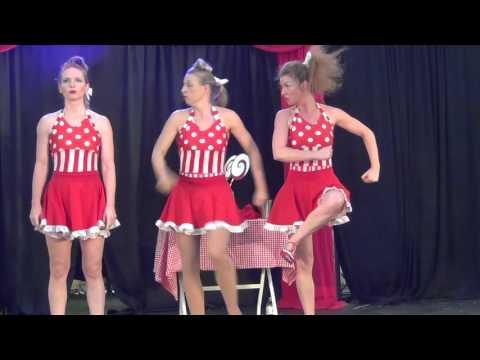 Candy Girls : Fast paced, fun, slapstick, Circus