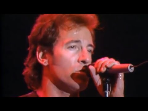 I'm On Fire - Bruce Springsteen (live at River...
