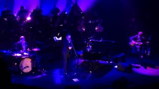 L'Âme des Poètes (Trenet) ~ Benjamin Biolay @ Folies Bergère (30/06/2015)