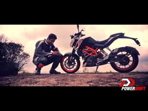 KTM Duke 390 vs 200 test ride review