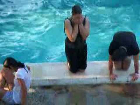 tos pa la piscina con ropa youtube