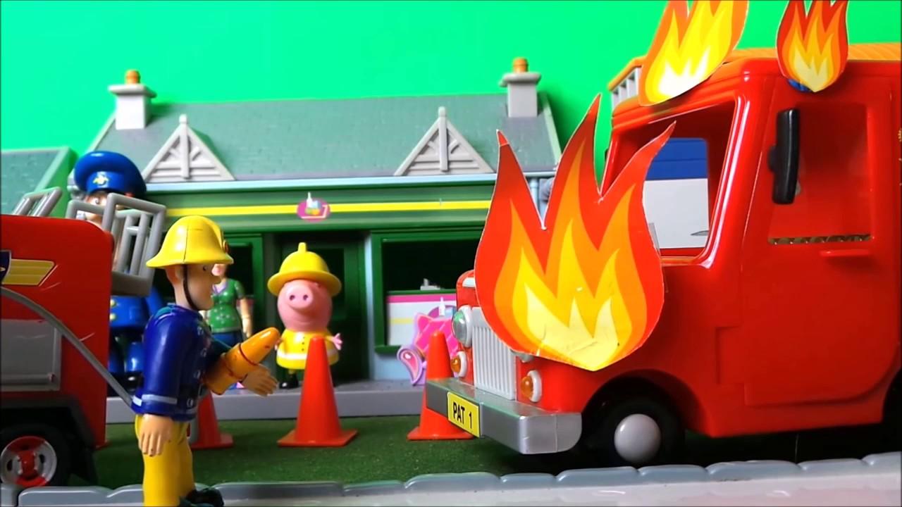 Feuerwehrmann Fireman Sam Royal Mail Van Fire English
