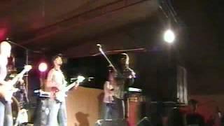 Djenio Semedo live em S. Vicente com banda 2livity 2006 .mp4