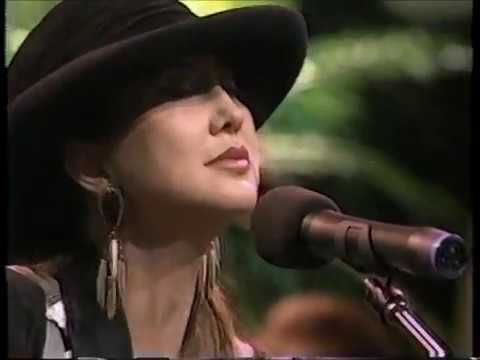 Pam Tillis  Maybe It Was Memphis with Audio Problems