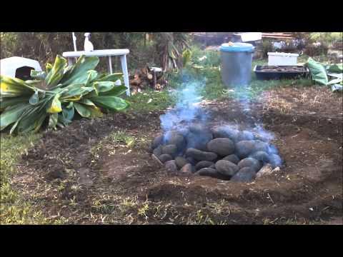 Making Kalua Pig.wmv