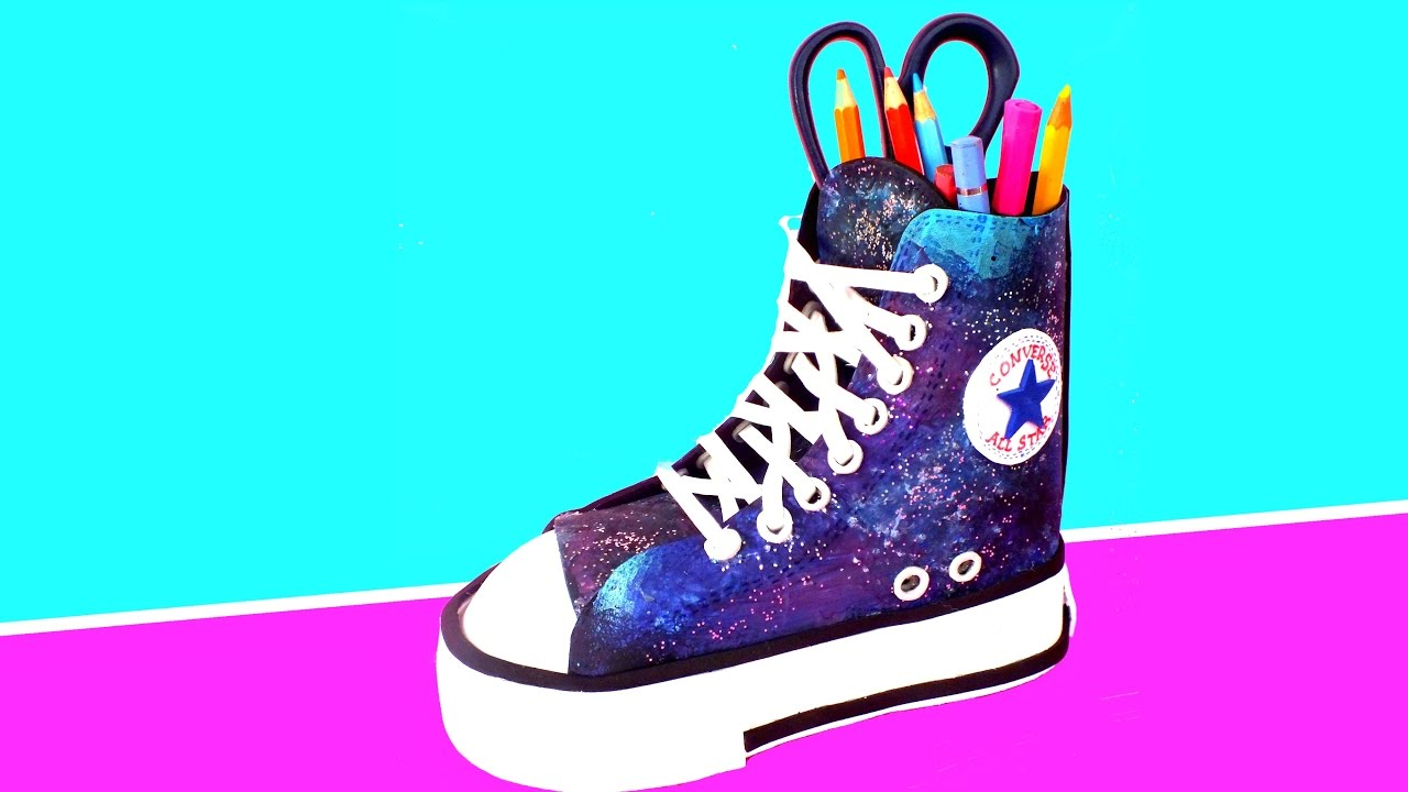 6755091a69f5 DIY  GALAXY CONVERSE PEN HOLDERS - Back to school supplies - YouTube