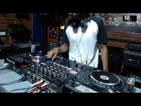 The DJ Academy SL Live Stream