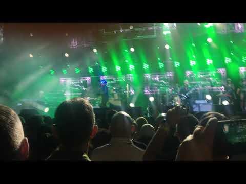 4  Jamiroquai Live at Birmingham The Kids