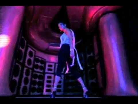 (Everybody) Moves Like Jagger - Maroon 5 feat. Christina Aguilera [video mashup]
