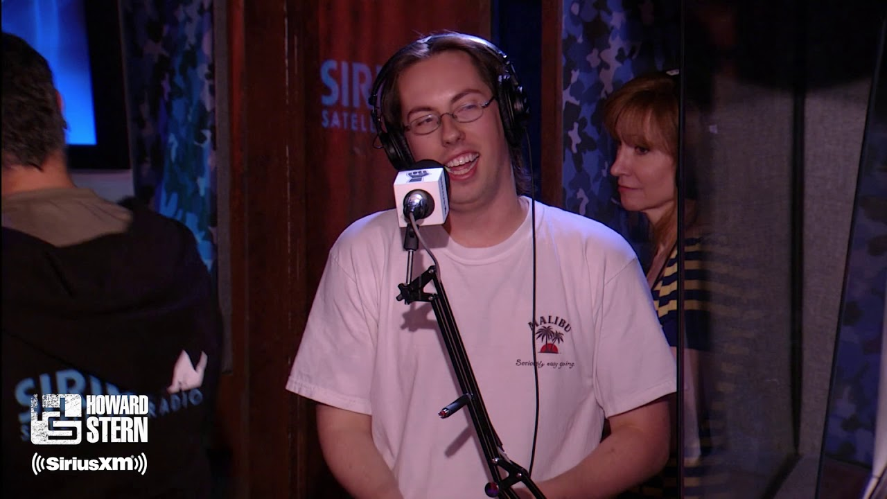 JD Harmeyer Blows His $800 Tax Refund at the Strip Club (2007)