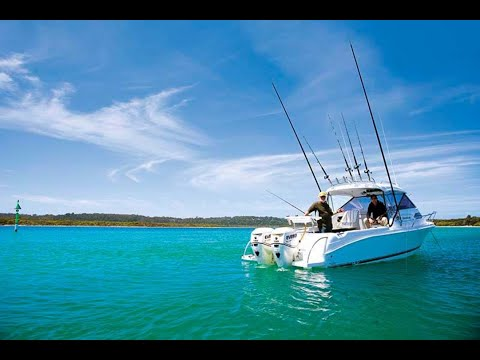 Caribbean 2300 Outboard: Boat Review