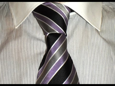 krawatte binden halber knoten tie a tie half windsor knot youtube. Black Bedroom Furniture Sets. Home Design Ideas