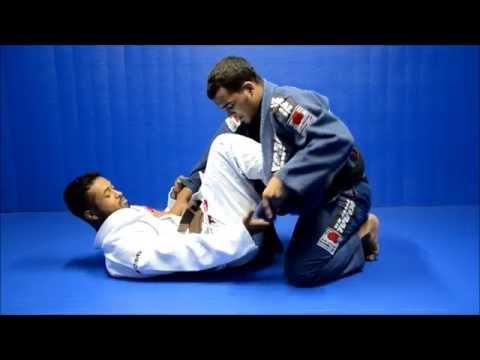 Posição de Jiu-Jitsu exclusiva: anule a guarda de lapela, com o faixa-preta Marcio André