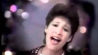 Algunos fragmentos de video raros de Selena desde 1979 hasta 1989 thumbnail