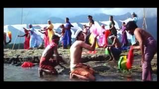 Aththum Paththara Muththin - Kadha - 2003