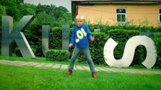 7 year old boy dances in 70 different places in Estonia (NOËP - Rooftop)