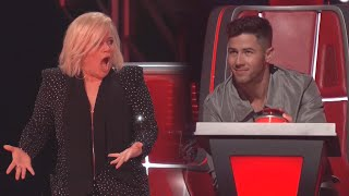 The Voice: Nick Jonas BLOCKS Kelly Clarkson on Her Own Song!