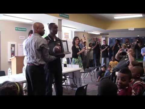 Jeremy Maclin Charity Weekend- Columbia Boys and Girls Club Visit