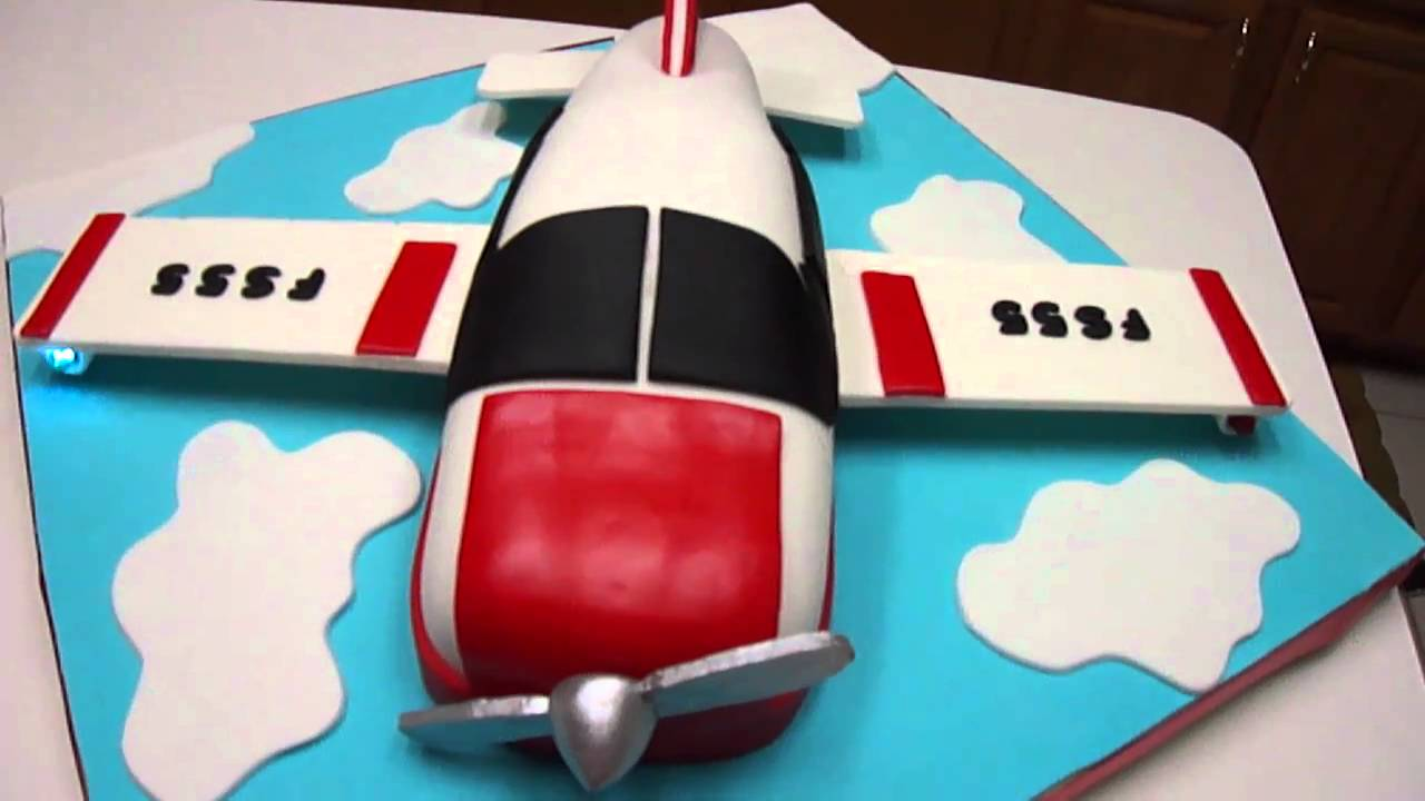 Flight Shaped Cake