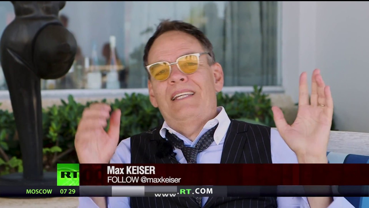 Keiser Report: Crypto-topia in the Caribbean (E1205)
