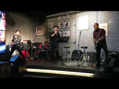 NeverSleeps Band - Medley Tolong Bu Dokter (The Flower Cover) & Georgy Porgy (Toto Cover)