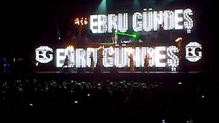 Ebru Gündeş - Yaparım Bilirsin - Istanbul - 15|09|2012