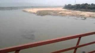 kushinagar exp. 1016 passing through Narmada River Bridge Near Hoshangabad Indian Railways