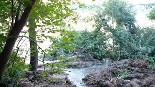 В Бию попали сточные воды из канализационной трубы (Будни, 07.07.20г., Бийское телевидение)