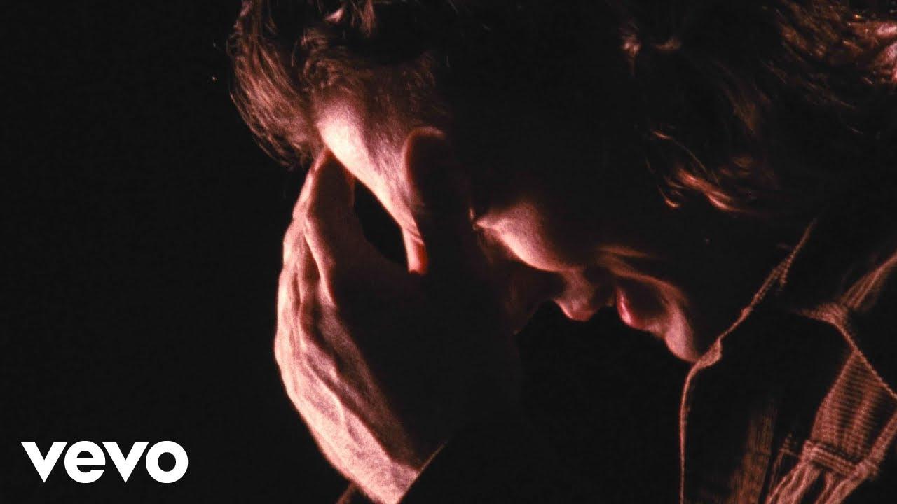 """PEARL JAM divulga vídeo sem censura de """"Jeremy"""" contra violência ..."""