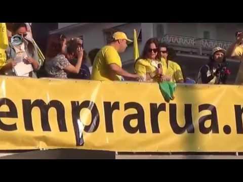 Regina Duarte detona Dilma Lula e o PT na Avenida Paulista.