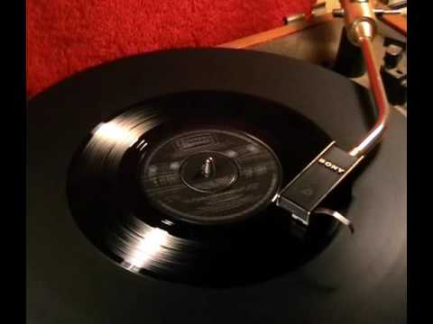 The Easybeats - The Music Goes Round My Head - 1967 45rpm