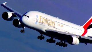 Emirates Airbus A380 landing San Francisco A6-EDF