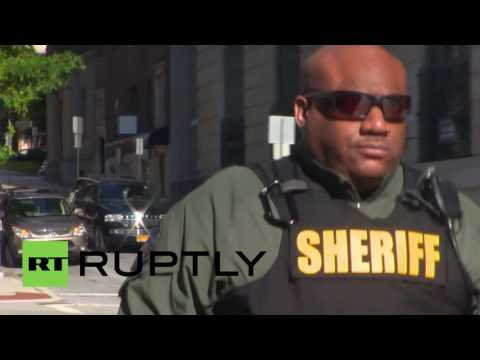 USA: Police officer stands trial for second-degree murder of Freddie Gray