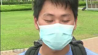 香港反送中游行结束后 志愿者自发清理现场垃圾