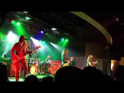Blackberry Smoke - Sanctified Women. . Blue Ocean Music Hall Salisbury Beach, MA 5-29-17