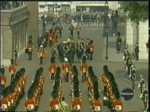 Queen Mother Procession to Lying-in-State prior to funeral - Rafe Heydel-Mankoo