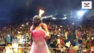 Download Regina xenia Live peform Mp3