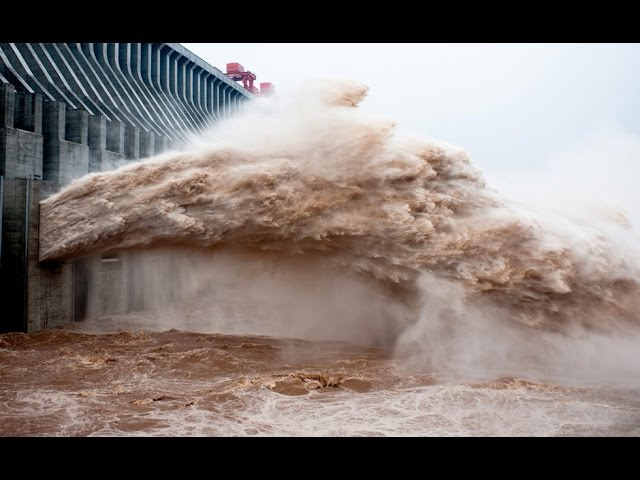 Emergency water discharges ¦¦ Dam water release ¦¦ Pressure ¦¦ Dam waterfall ¦¦ Crash Fails.