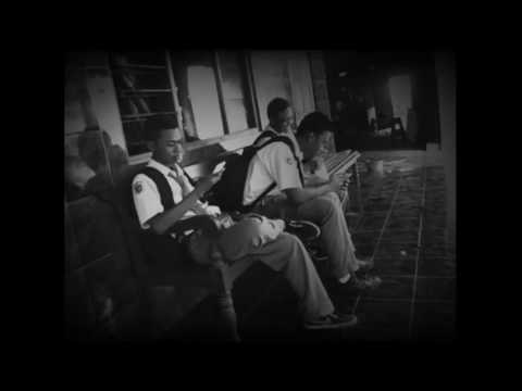 Video clip Bondan Prakoso & Fade 2 Black '' R I P Rhyme In Peace ''
