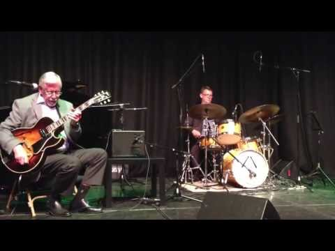 The Louis Stewart Trio - Billie's Bounce (charlie parker)